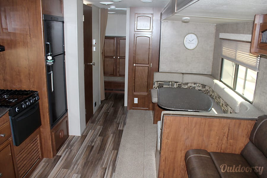interior 2018 Coachmen Freedom Express 29 SE Buda, TX