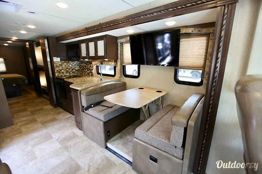 Outdoorsy Rv Rental >> 2017 Thor Motor Coach Windsport Motor Home Class A Rental in Tampa, FL | Outdoorsy