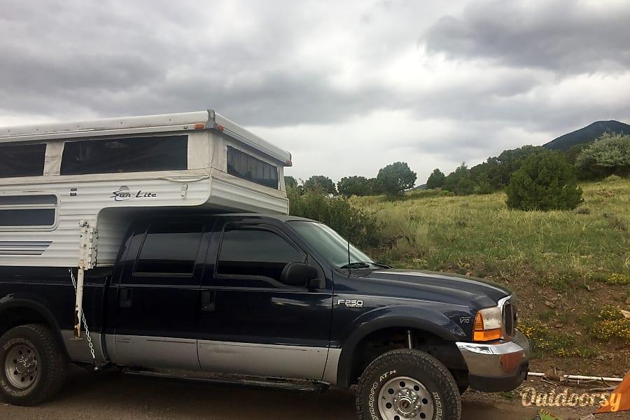 4x4 Ford with Pop-Up Truck Camper Denver, CO