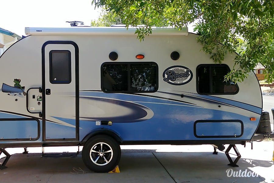 exterior 2017 rPod 180 **Delivery & Set-up Available** Aurora, Colorado