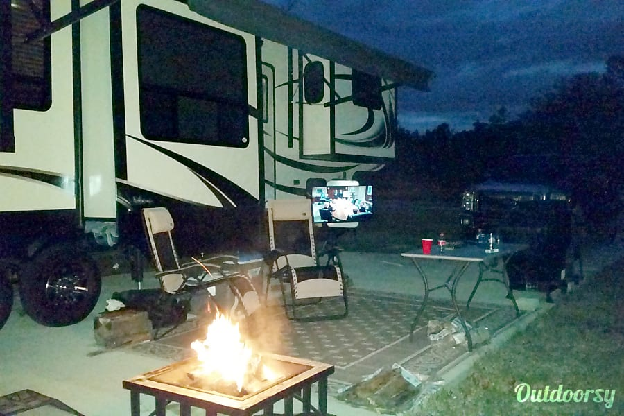 exterior 2014 Keystone Alpine Northport, Alabama