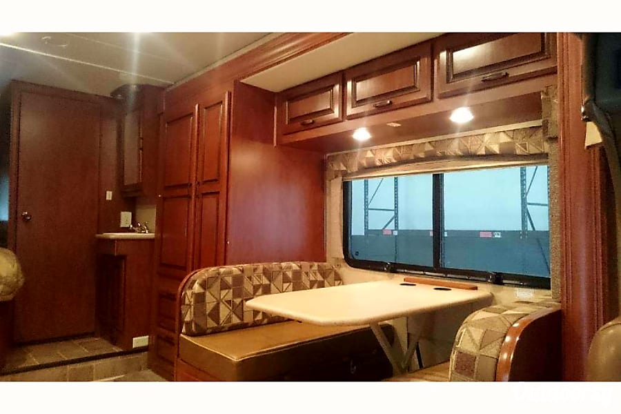 2013 Mercedes-Benz Sprinter Austin, Texas Dining area that converts to another bed.