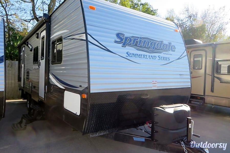 exterior 2017 Keystone Springdale Morehead, KY
