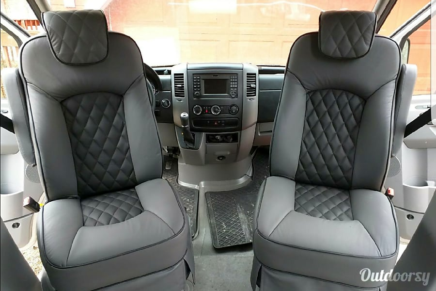 2015 Mercedes-Benz Sprinter Asheville, NC Driver and passenger seats. Both swivel to face rear. Super comfortable captains chairs.