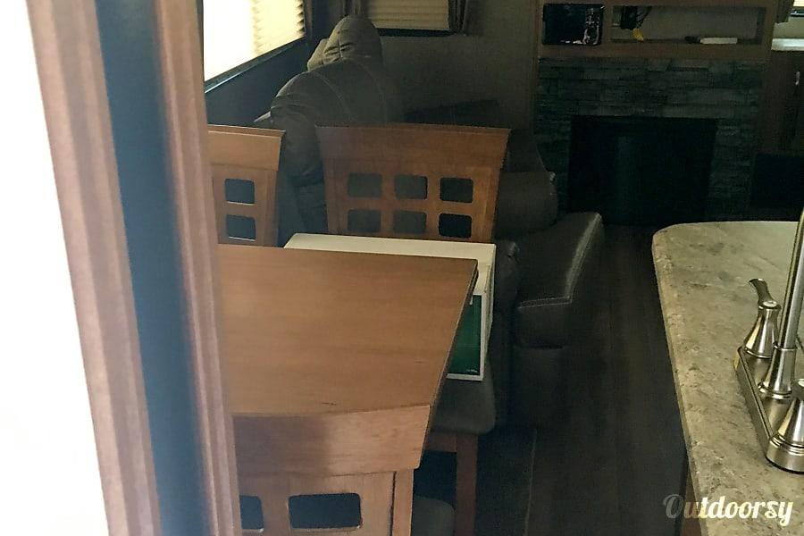 2017 Coachmen Catalina Fresno, California Spacious dining and living area.