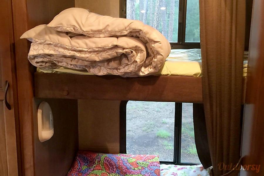 2014 Jayco 23MBH White Hawk Scottsdale, AZ Convenient bunk beds.
