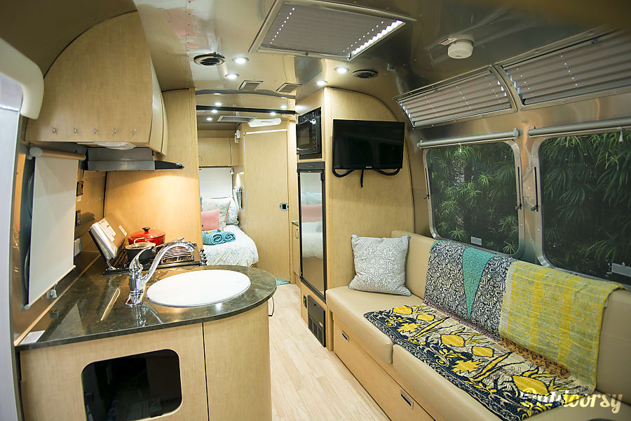 2016 Airstream Flying Cloud 23d San Diego, CA