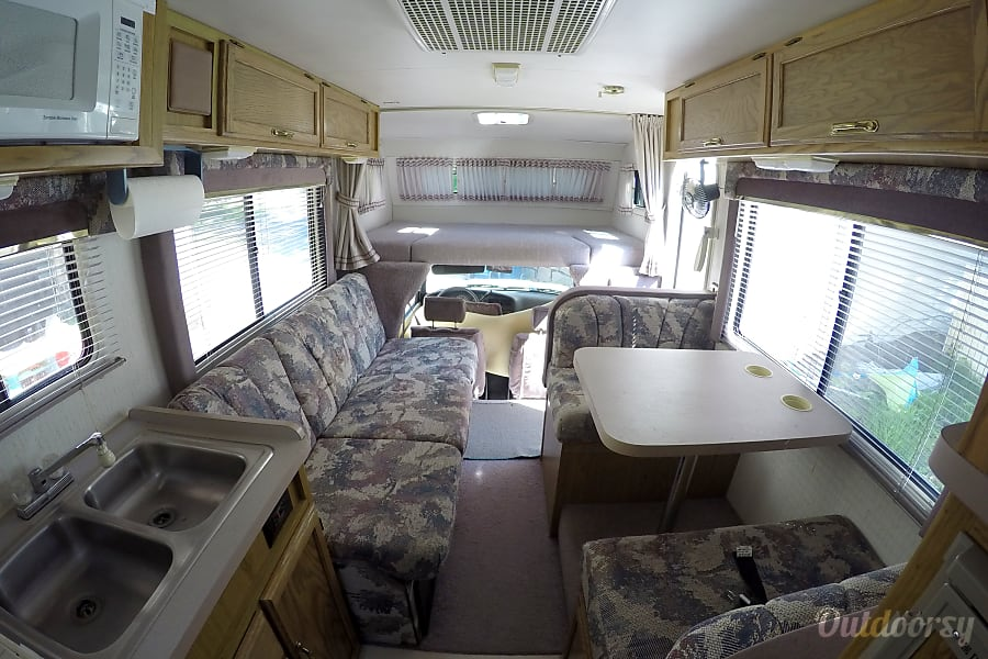 1992 Winnebago Warrior Motor Home Class C Rental In Camas
