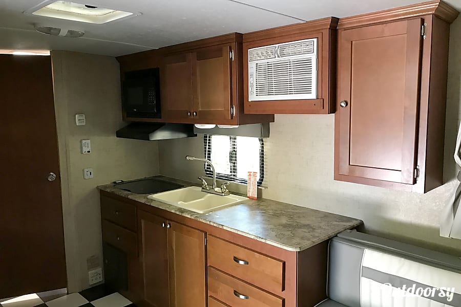 2016 Riverside RV Whitewater Retro With Bunk Beds Sleeps 4. A blast from the past! St. George, Utah Kitchen