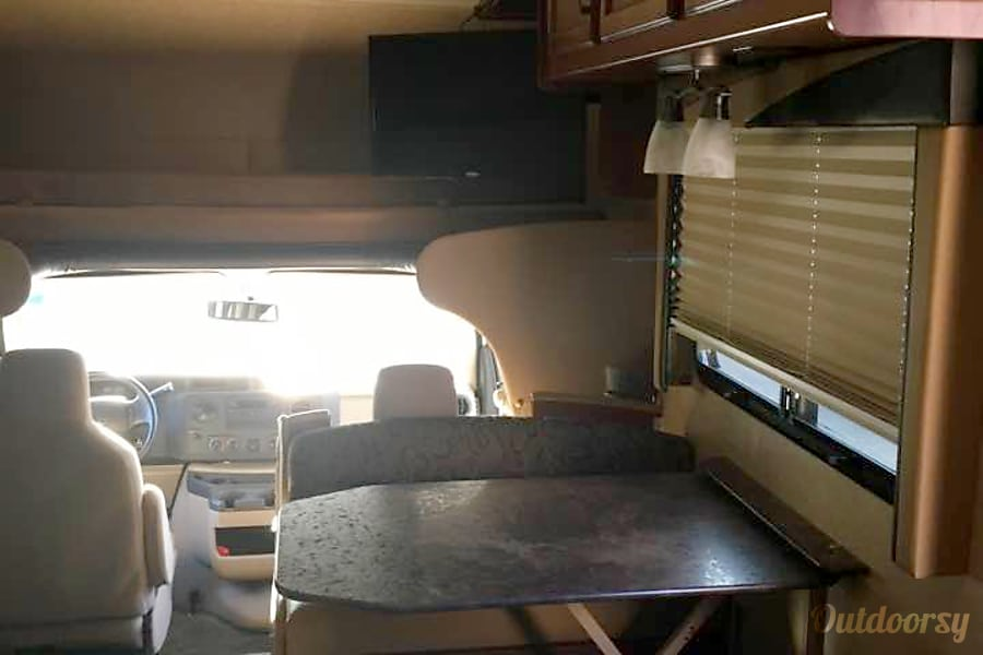 2015 Jayco Redhawk Gansevoort, New York Dining area, turns into a bed