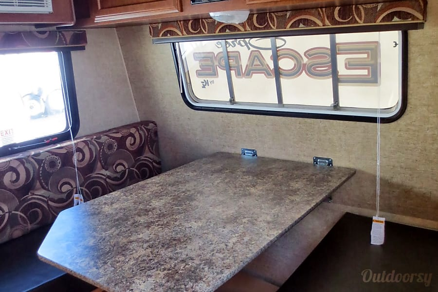 interior 2014 K-Z Spree Escape 16BH Albuquerque, New Mexico