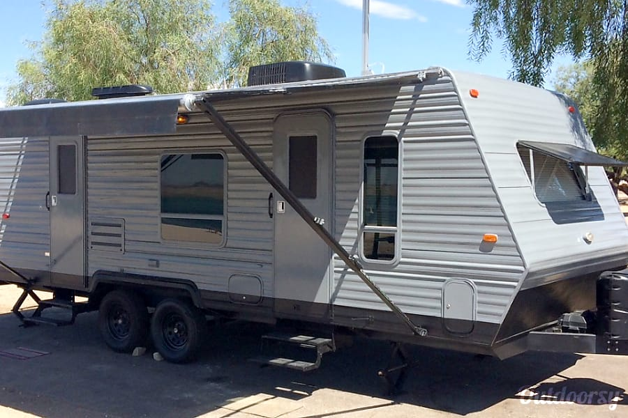 exterior Custom 23' Travel Trailer Lake Havasu City, AZ