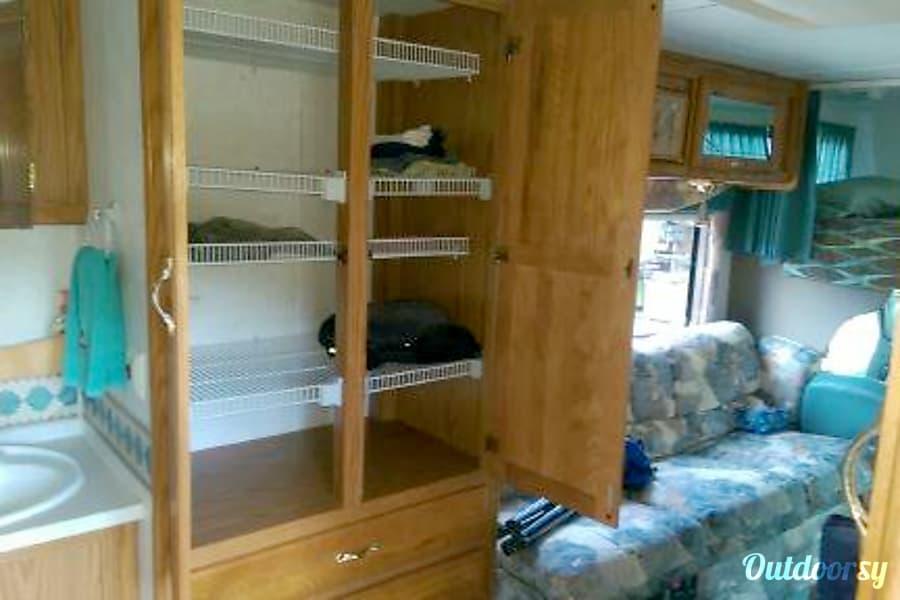 Jayco 23 Glenwood Springs, CO Large clothes storage
