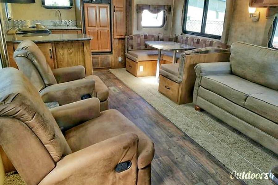 interior 2014 Outdoors Rv Manufacturing Timber Ridge White Salmon, Washington