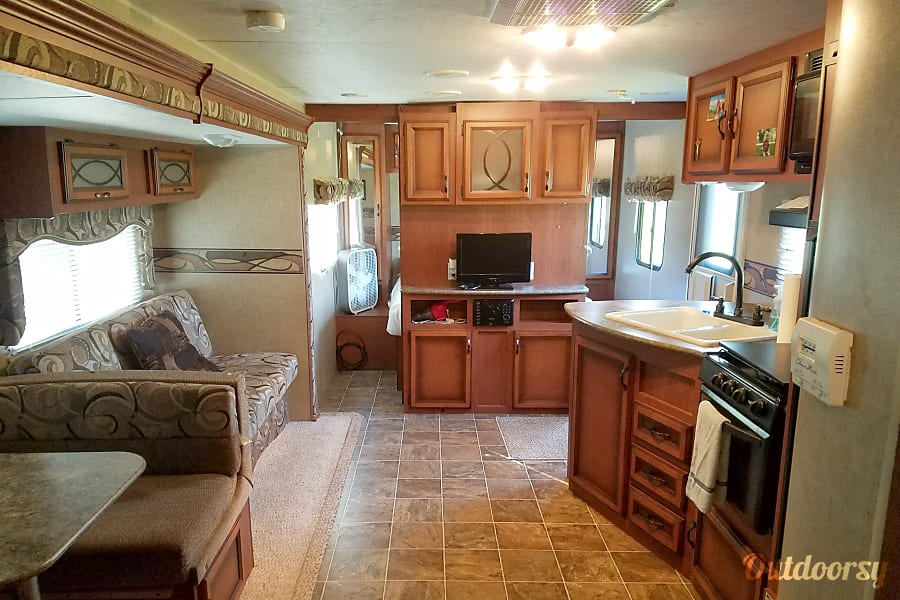 2013 K-Z Sportsmen Bunkhouse Ultralite, Near Lake Conroe/Livingston and Huntsville SP! Montgomery, TX