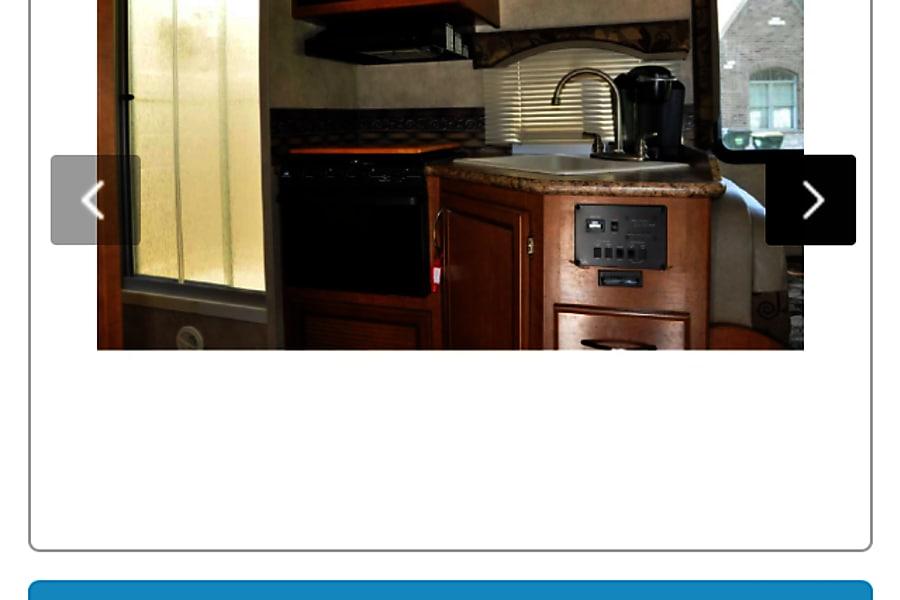 2013 Thor Motor Coach Four Winds Bettendorf, IA