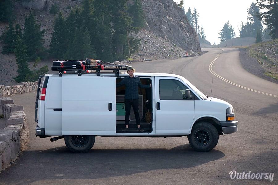exterior Custom Camper Van - 2006 Chevy Express Los Angeles, California