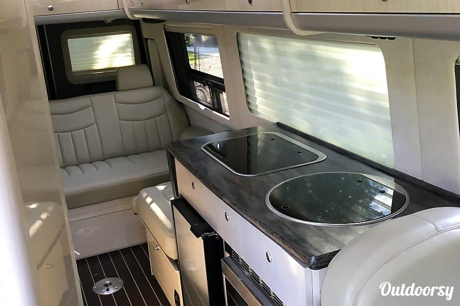 interior 2014 Airstream Interstate New Milford, PA