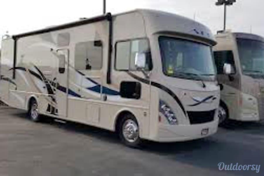 exterior 2016 Thor Motor Coach A.C.E Saratoga Springs, Utah