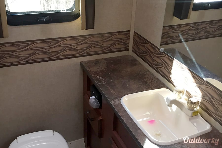 2015 Jayco Redhawk 29 XK -Like new and plenty of space! Cheshire, Massachusetts Bathroom (toilet/sink in separate private space from shower).