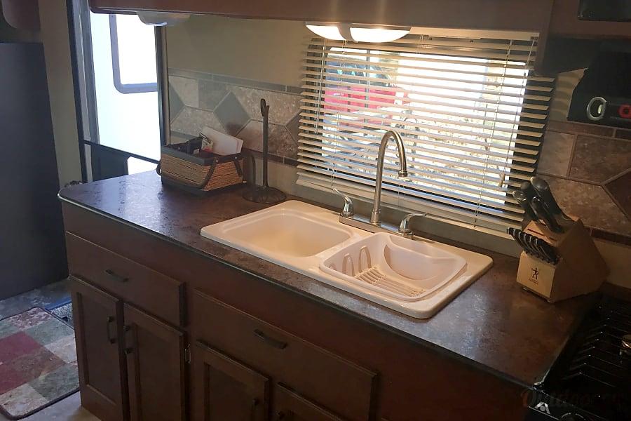 2015 Jayco Redhawk 29 XK -Like new and plenty of space! Cheshire, Massachusetts Kitchen Sink/Prep Area