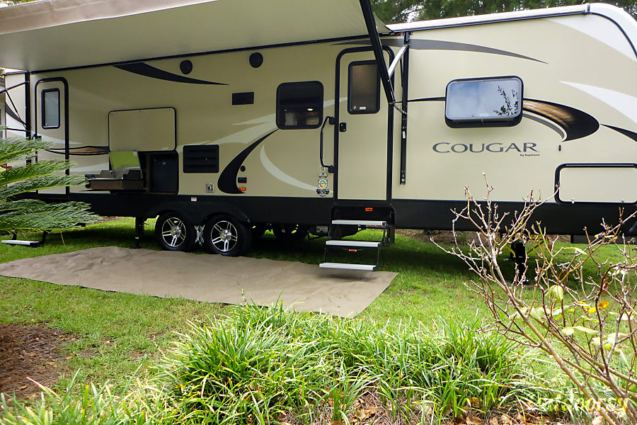 """""""This is the one!"""" 2018 Cougar Half-Ton Series 29BHS !!Delivery Service Available!! North Charleston, SC"""