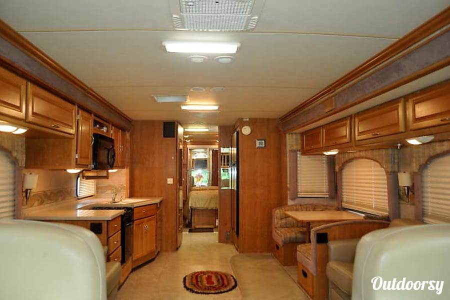 2006 Fleetwood Bounder Louisville, KY