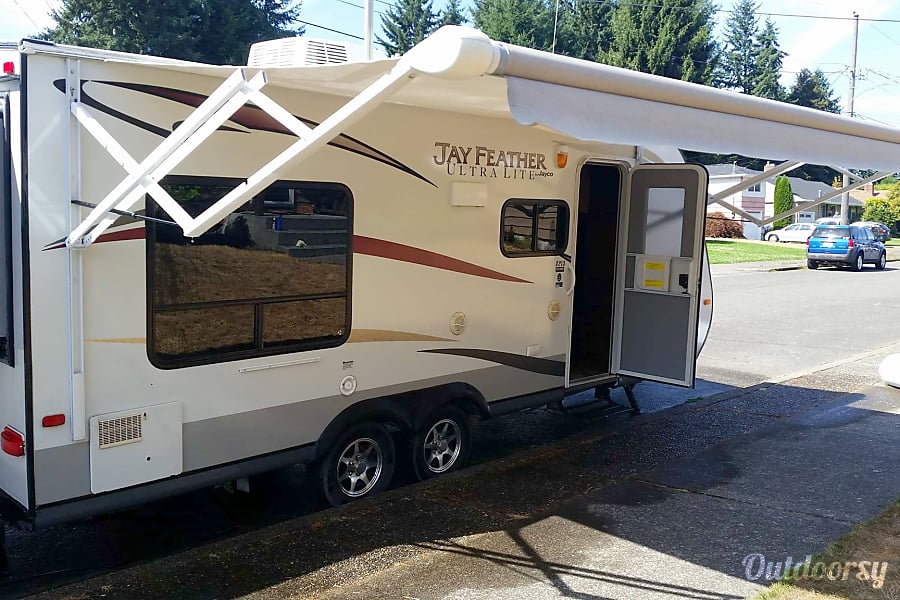 exterior 2013 Jayco Jay Feather Ultra Lite X213 Tacoma, WA