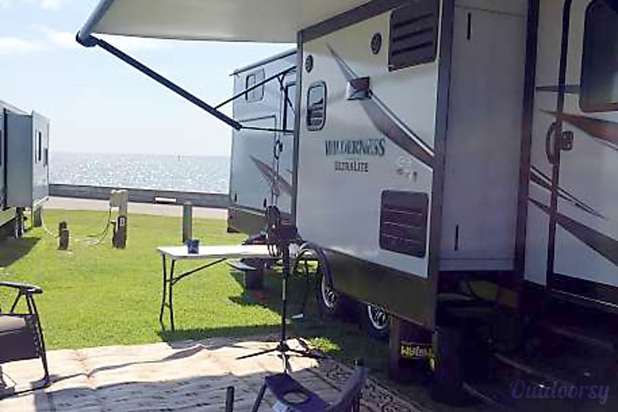 exterior 2018 Heartland Wilderness Purvis, Mississippi