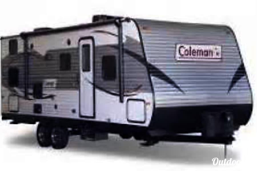 2018 Coleman Lantern 274BH Colorado Springs, Colorado