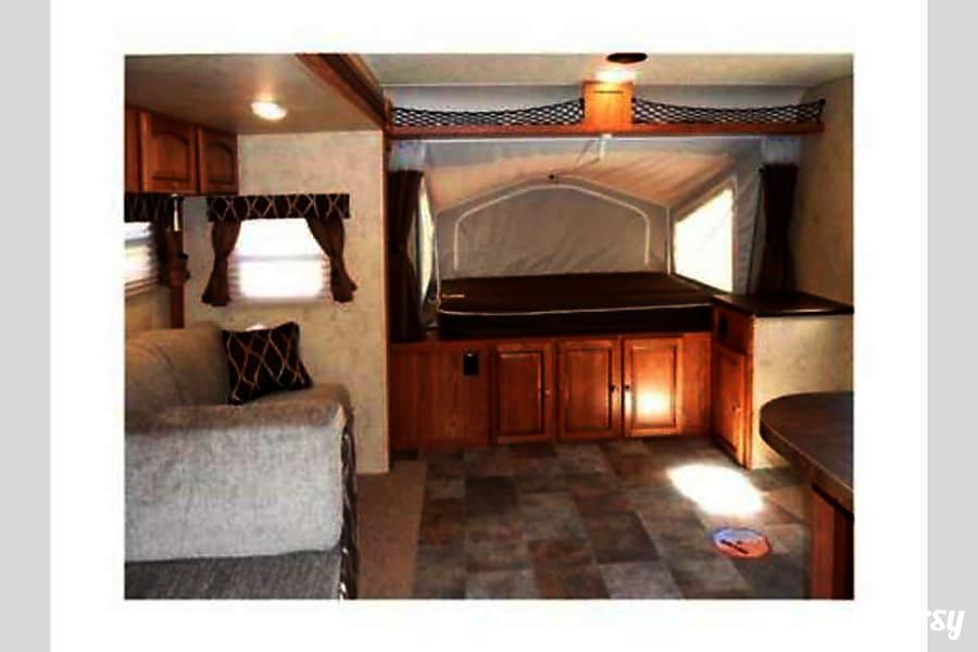 interior 2014 Shamrock 23ikss WILL DELIVER Fort Worth, TX
