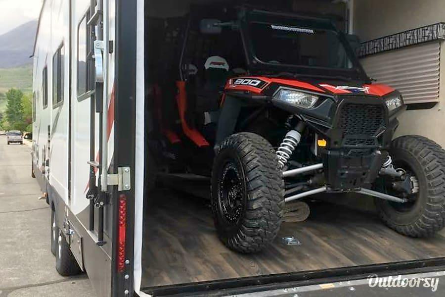 exterior 2016 Stryker Ultimate Toy Hauler Getaway Cottonwood, AZ