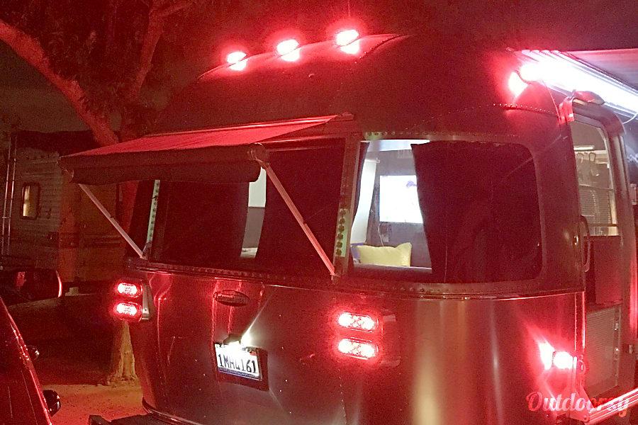 exterior 2014 Airstream International Calabasas, CA