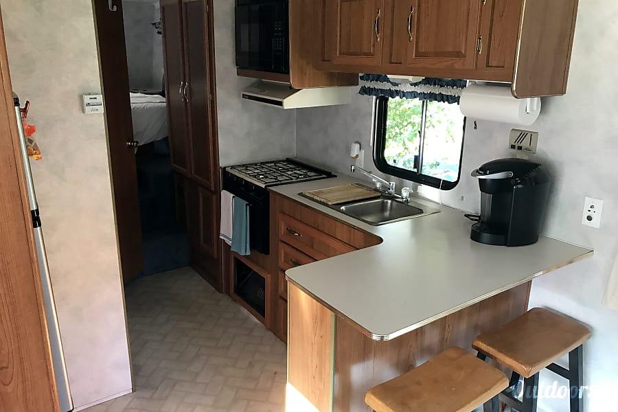 interior 1996 Coachmen Catalina Pinckney, MI