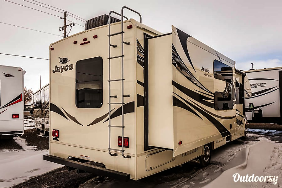 BRAND NEW - CLEAN - UPGRADED 2017 JAYCO GREYHAWK Oceanside, California DUAL SLIDE-OUTS