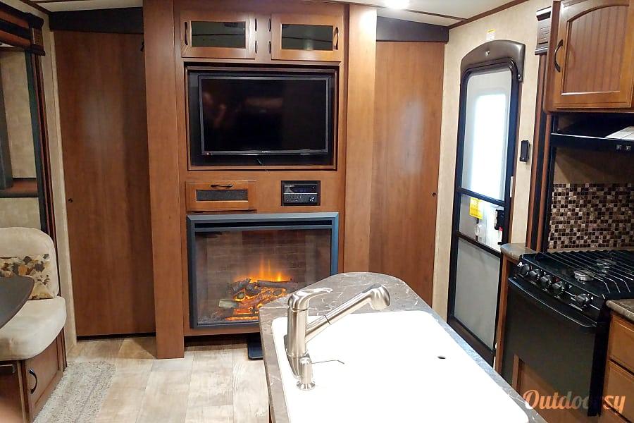 interior 2016 Jayco Whitehawk 25BHS Cocoa, FL