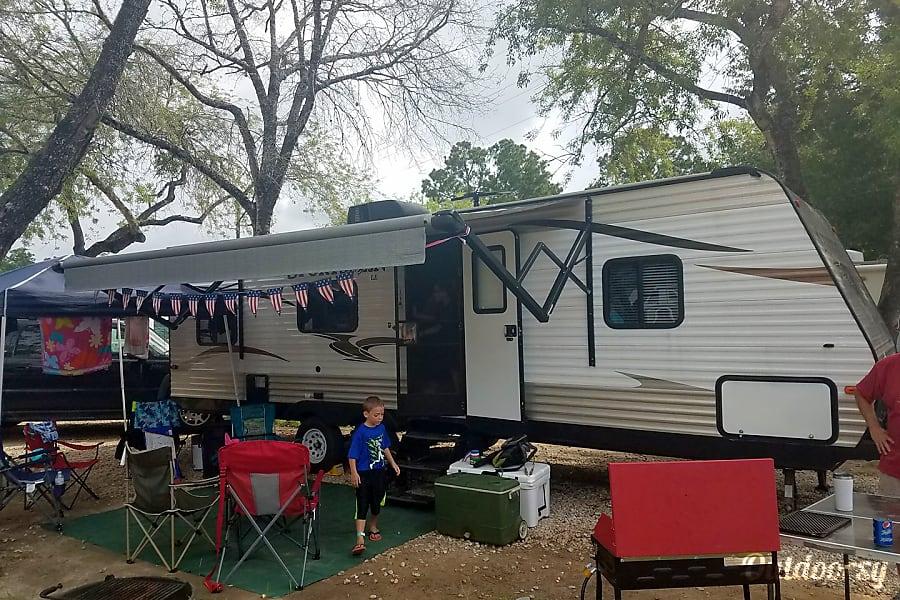 exterior 2016 K-Z Sportsmen Dickinson, TX
