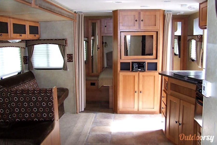 interior 2012 Cruiser Rv Corp Shadow Cruiser Willow Spring, NC