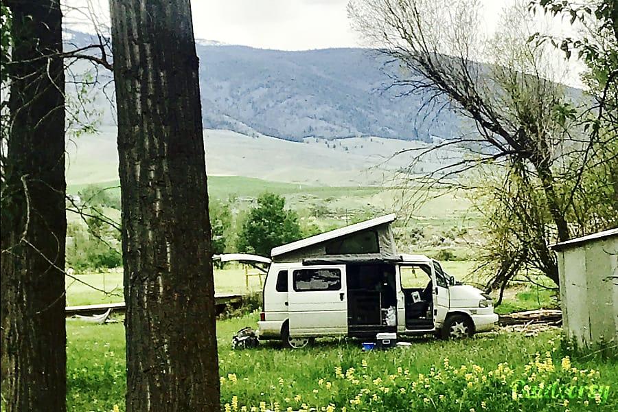 exterior 1999 Winnebago Eurovan Camper Eurovan Camper Minneapolis, MN