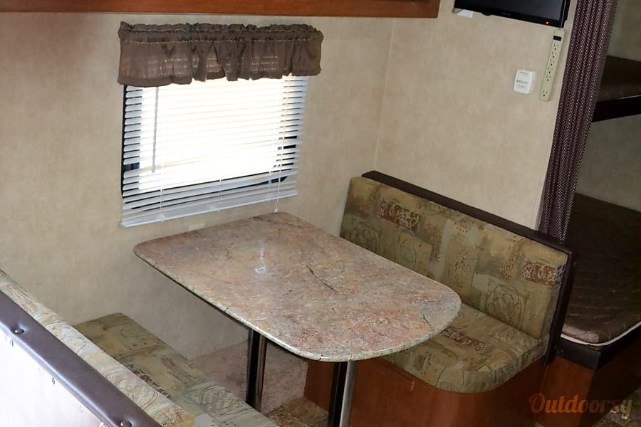 Small, Lightweight, Travel Trailer Ready for all your Adventures.. Sleeps up to 5 comfortably and Tows Easily.. From $50 to $75 per Night.. Las Vegas, Nevada Converts into bed if needed
