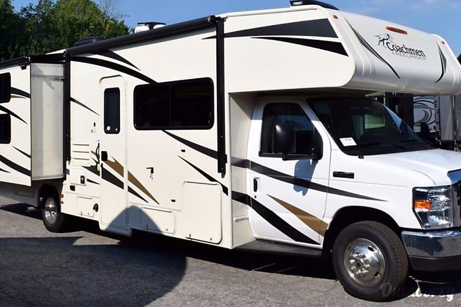 exterior 2017 Coachmen Freelander 31BH with bunk beds Salt Lake City, UT