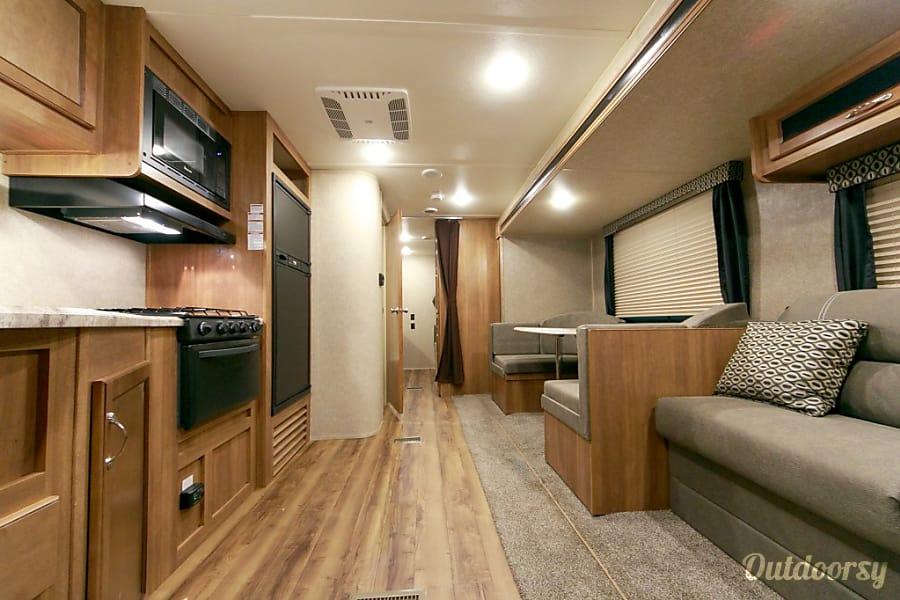 Memory Maker - 2018 Coachmen Catalina SBX O'Fallon, MO Bright comfortable interior.