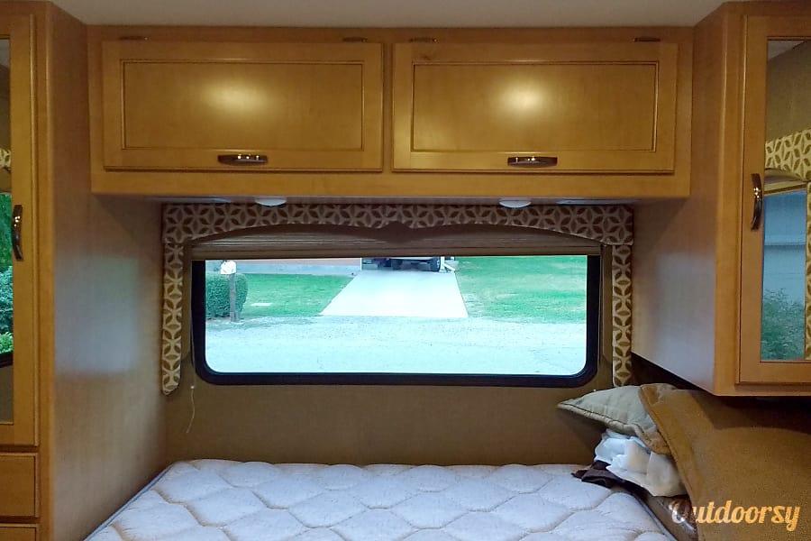 interior Contact owner for winter season availability Millcreek, Utah