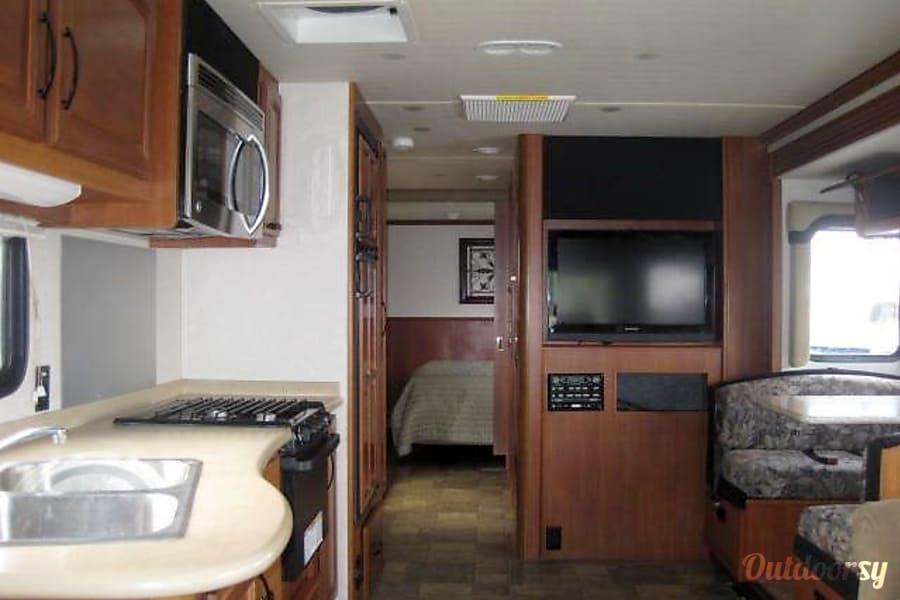 interior 2011 Fleetwood Fiesta Tulsa, Oklahoma