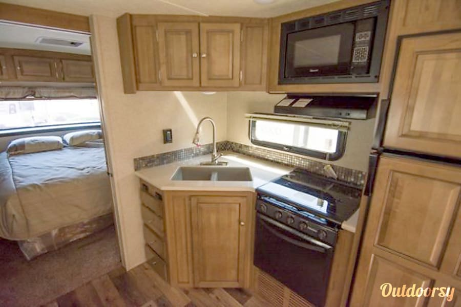 interior 2018 Forest River Rockwood Ultra Lite - Delivery Available Spring, TX