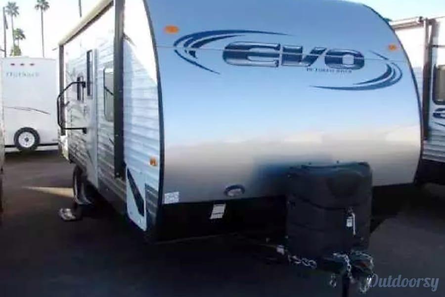 exterior 2017 Forest River Evo 2300 Goodyear, AZ