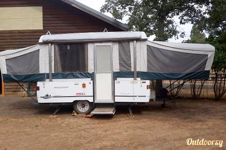 2002 Coleman Destiny Santa Fe Trailer Rental In Vancouver