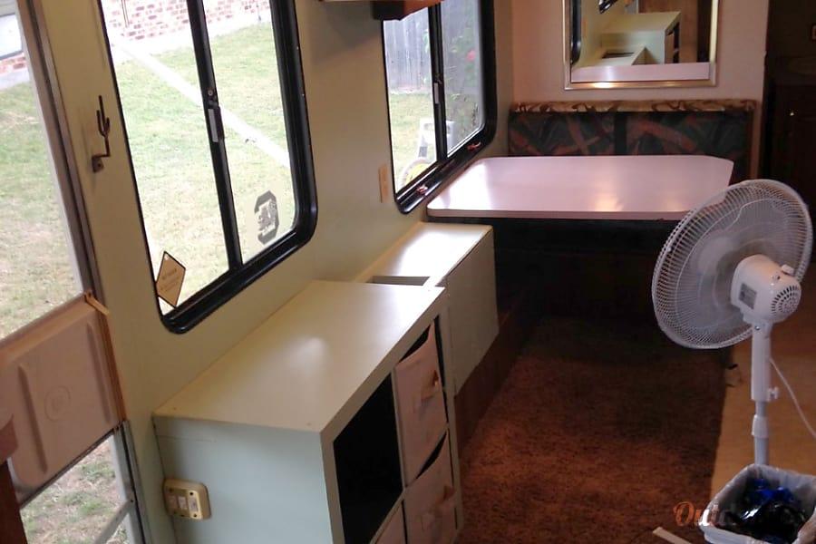 interior 1994 Terry 25.5 ft. Nolanville, TX