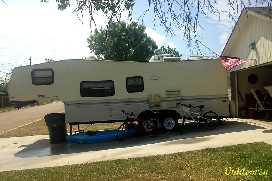 exterior 1994 Terry 25.5 ft. Nolanville, TX