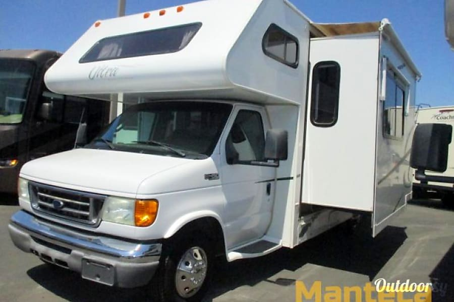 I Respond Within Minutes! - Gulf Stream Ultra Family Vacation Home On Wheels! Vancouver, WA